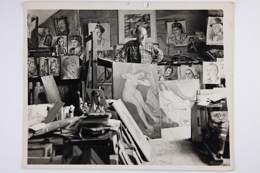 Harry Kernoff in his studio